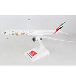 Skymarks Emirates 777-9 1/200 W/Gear