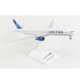 Skymarks United 777-300 1/200 W/Gear 2019 New Livery
