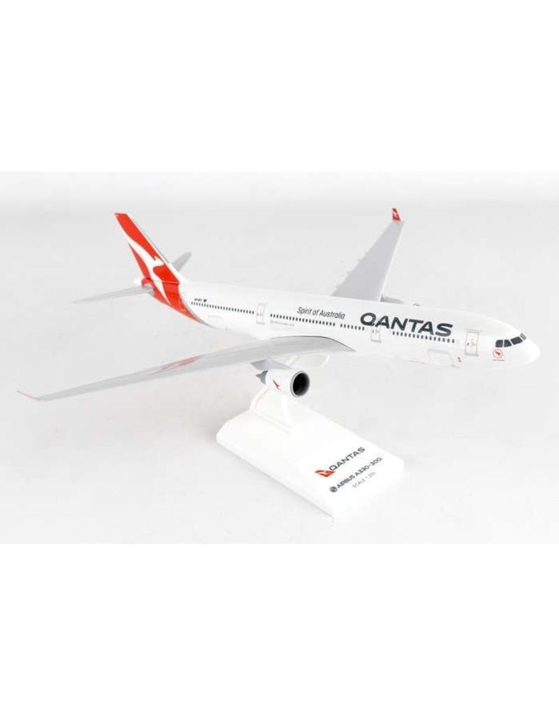 Skymarks Qantas A330-300  1/200 New Livery