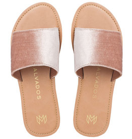Malvados Womens Icon Taylor Plush Sandal