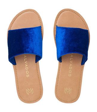 Malvados Malvados Womens Icon Taylor Plush Sandal