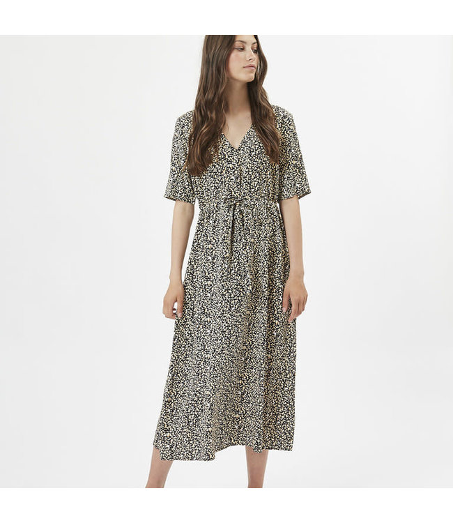 Minimum Womens Nutilia Dress
