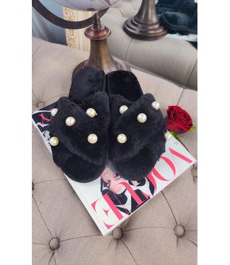 Angeleye Slipper with Faux Fur Pearl