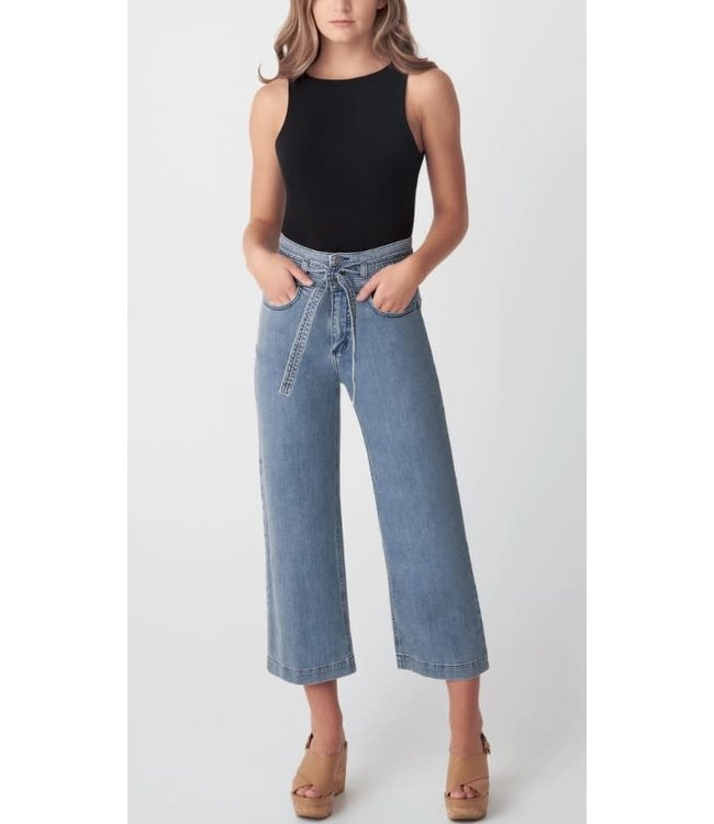 Silver Womens High Rise Belted Crop