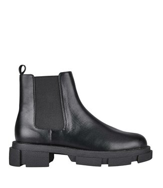 St. Sana Sutton Boot