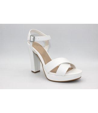 Just a Crush Platform Heel (in White)