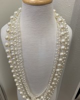 M.L. Kids Long Pearls w/ Crystals