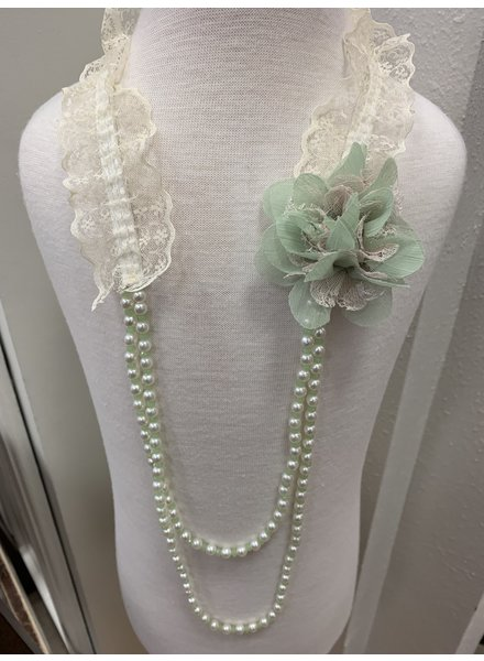 M.L. Kids Lace Necklace W/ Flowers & Pearls