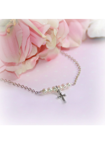 Collectables America Cross Pearl Necklace ~ Rhodium Silver