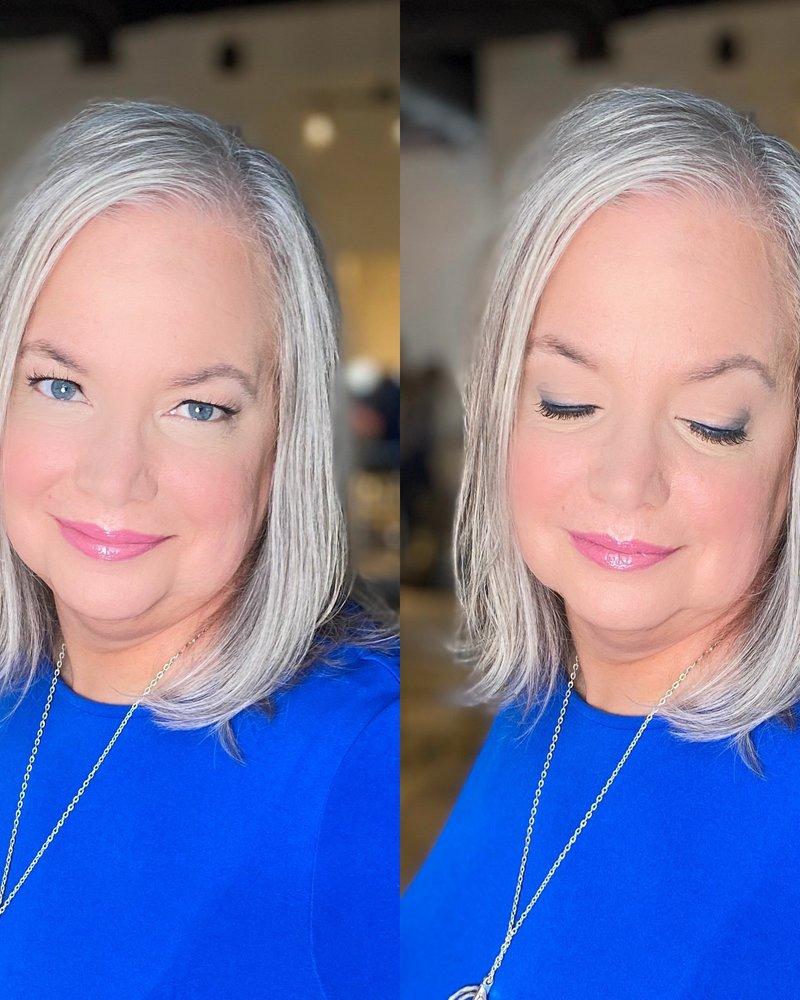 JKC SHOP BY EYE 2020 - Gray Hair + Blue Eyes