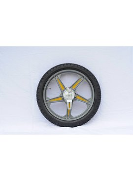 Right Rear Wheel complete Surrey (driver side)