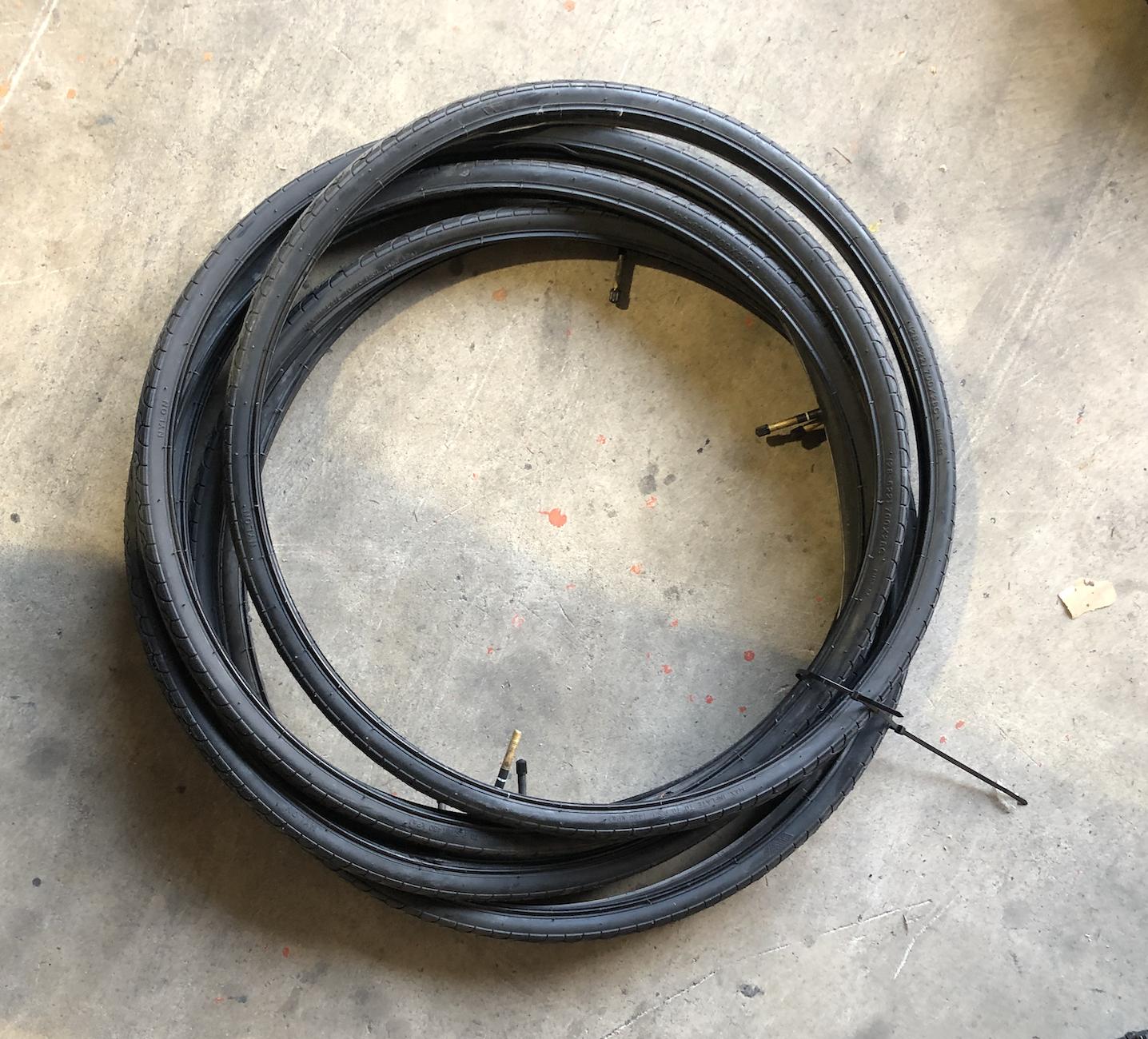 700-28c Road Tire