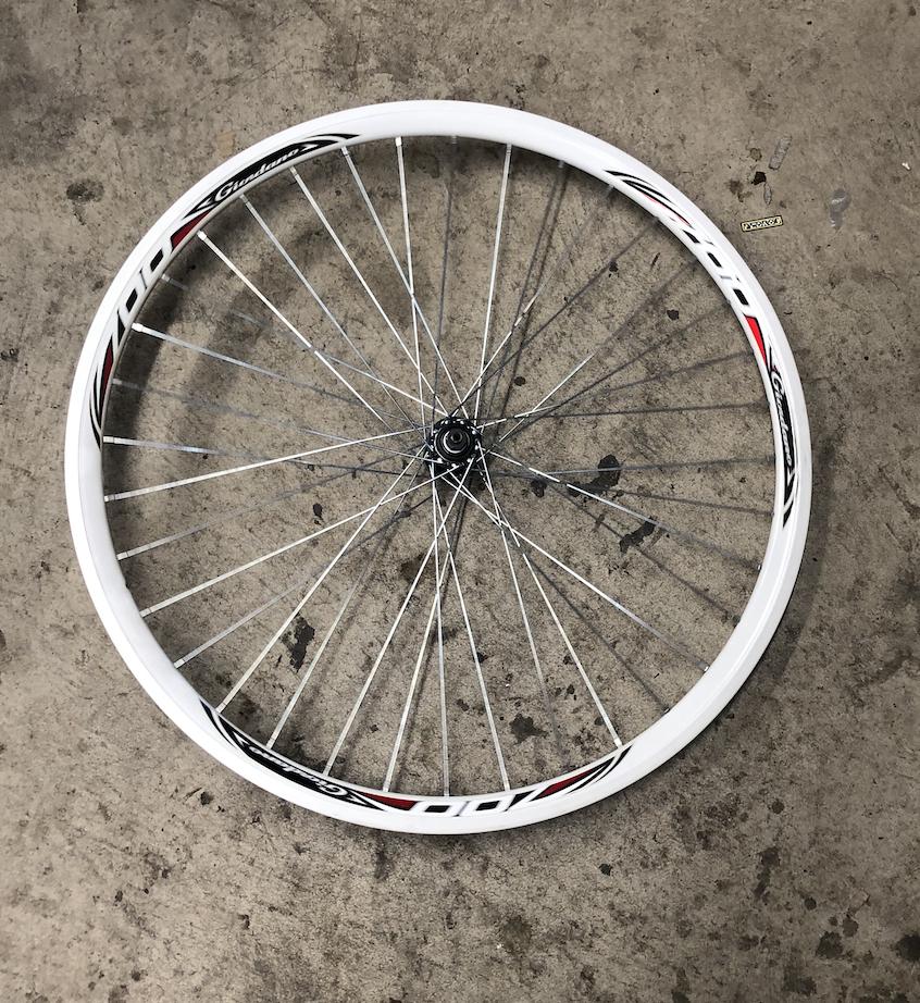 Giordano 700  Front Wheel White