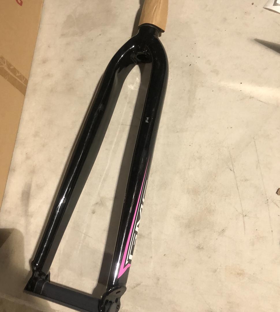 Threaded GMC Fork (Black & Pink)