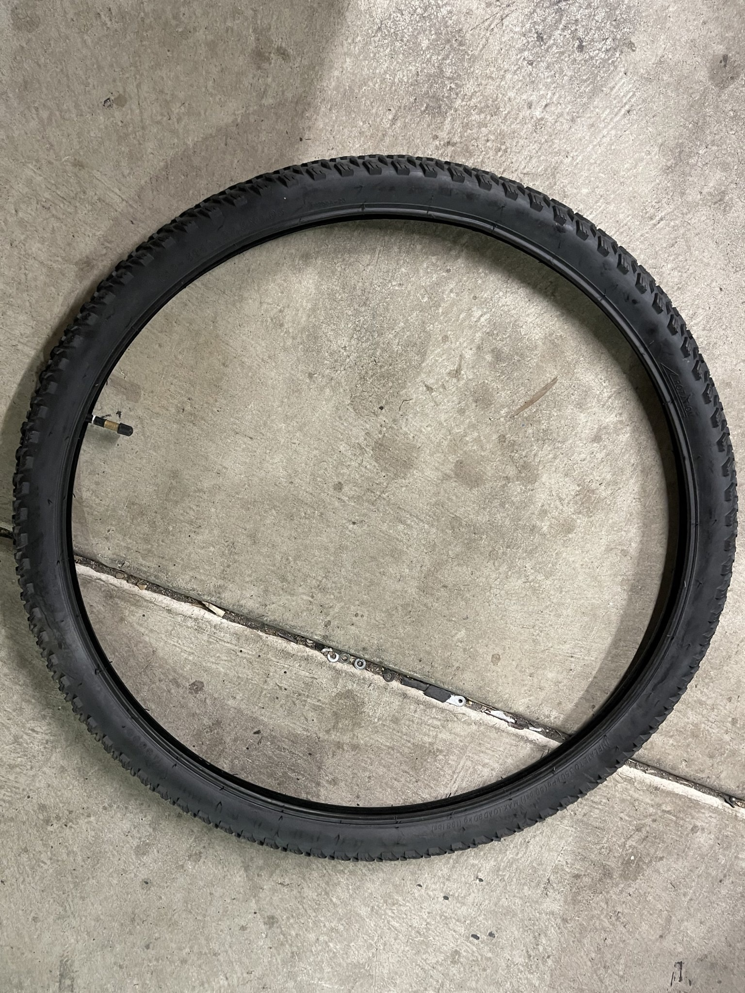 Bulk 29 X 2.10 Black Tire & Tube