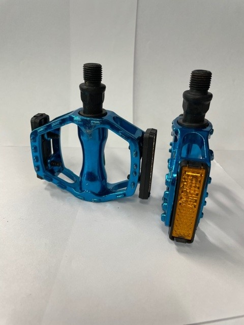 1/2in Pedals (Blue)