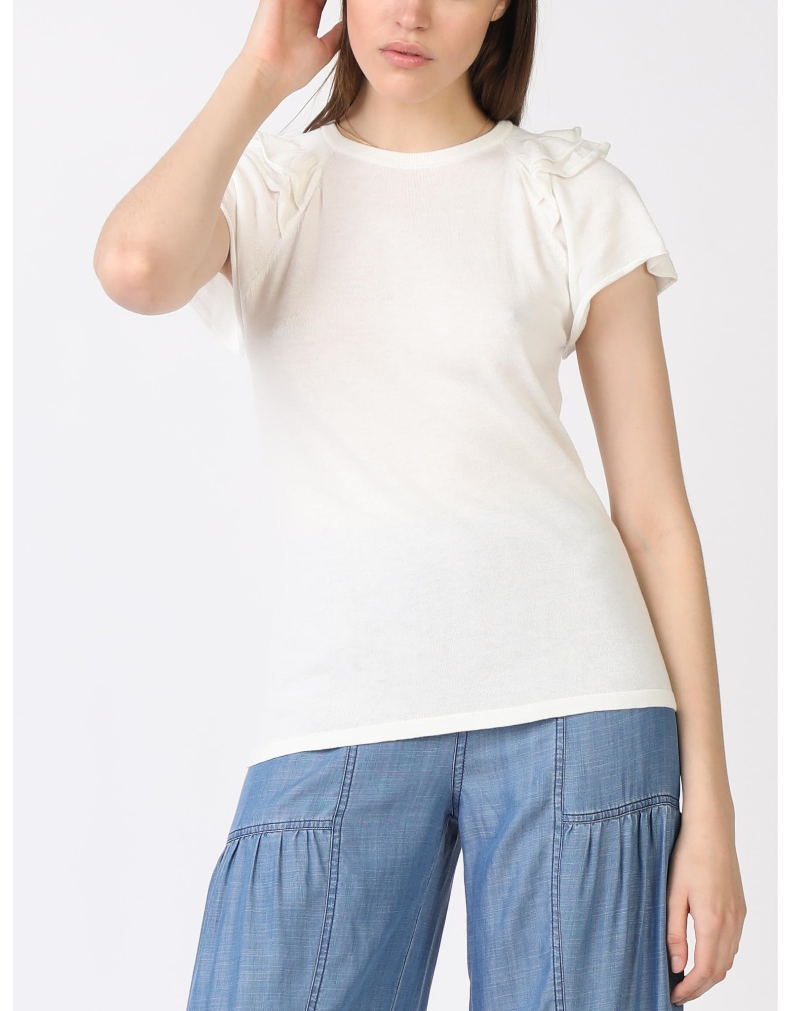 RUFFLED THIN SWEATER TEE