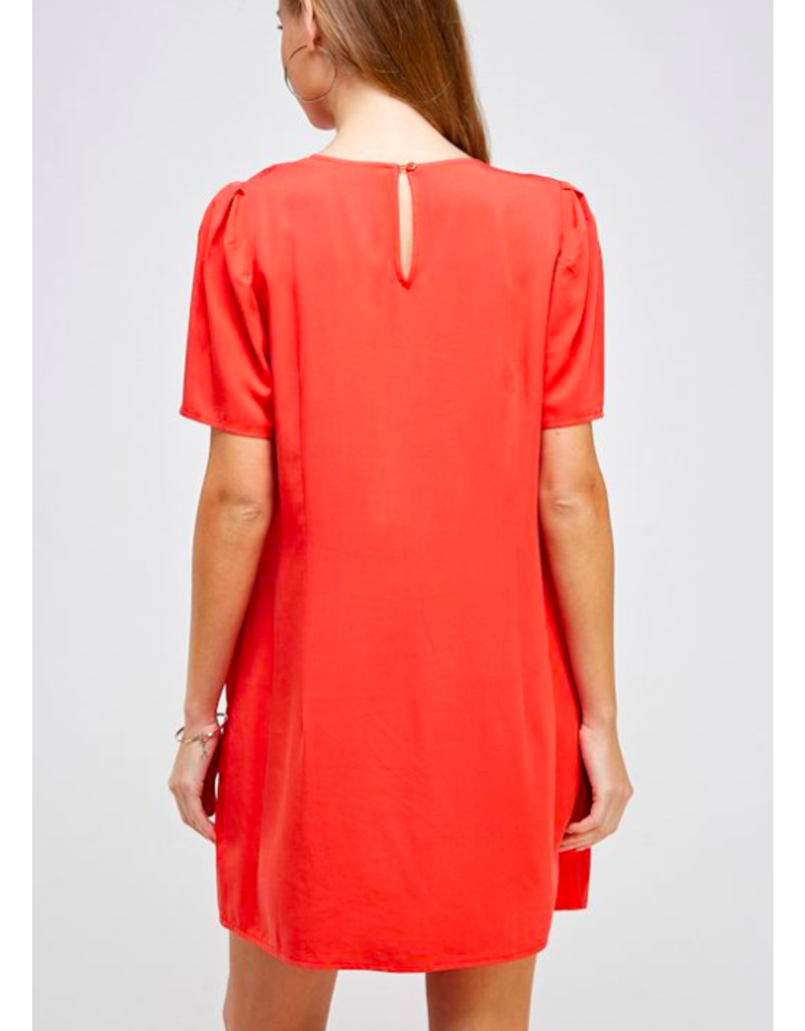 PUFF SHORT SLEEVE SHIFT DRESS