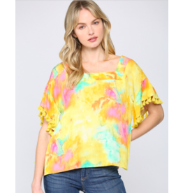 TOP TIE-DYE PRINT WITH TASSEL TRIM