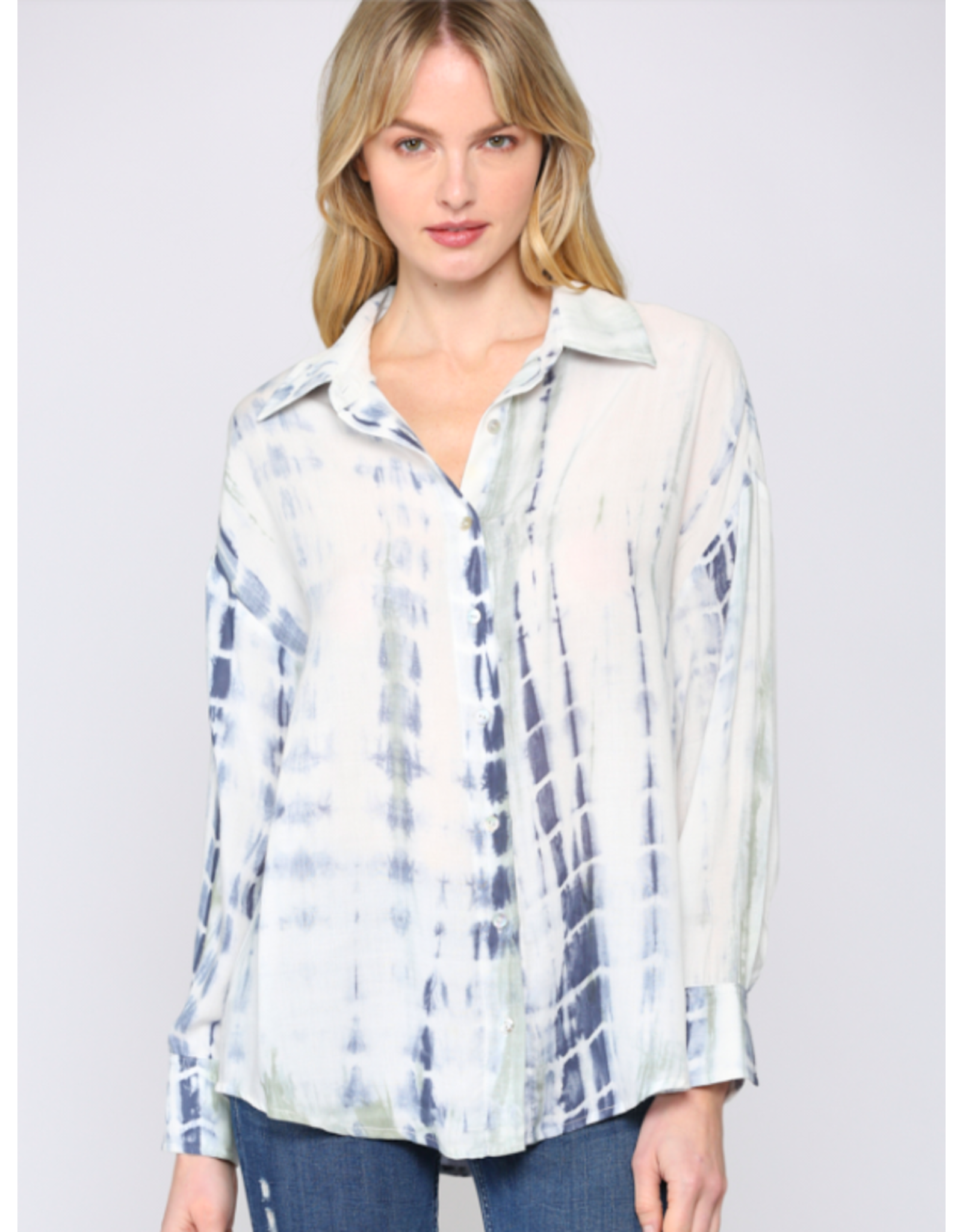TIE-DYE BUTTON DOWN