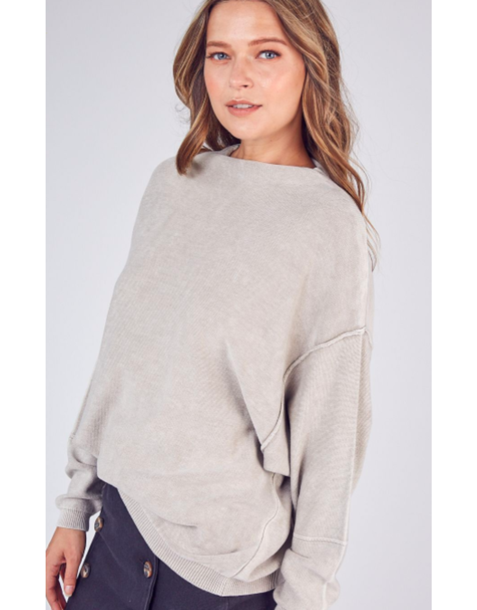 BRUSHED KNIT SWEATER TOP