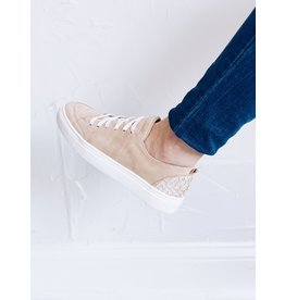 KAANAS PARIS LACE UP SNEAKER