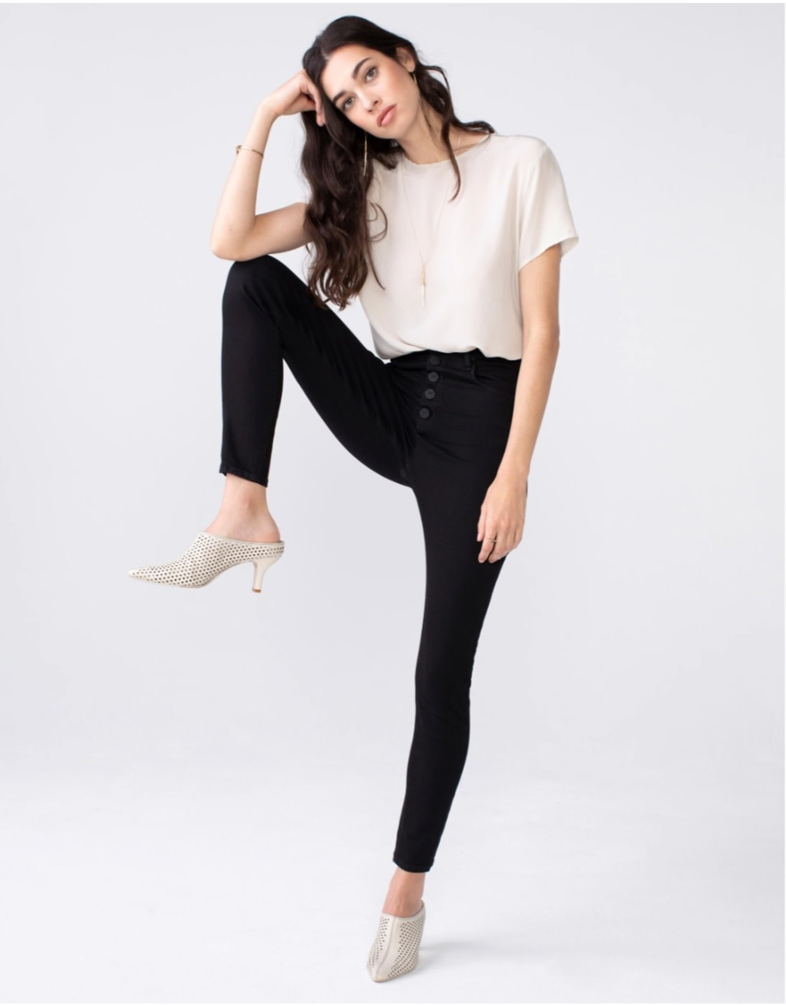 HIGH RISE BUTTON FRONT JEAN
