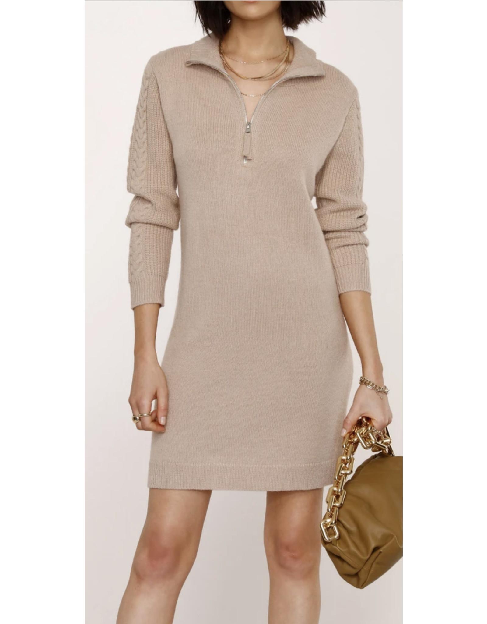 TOP  ZIP SWEATER DRESS