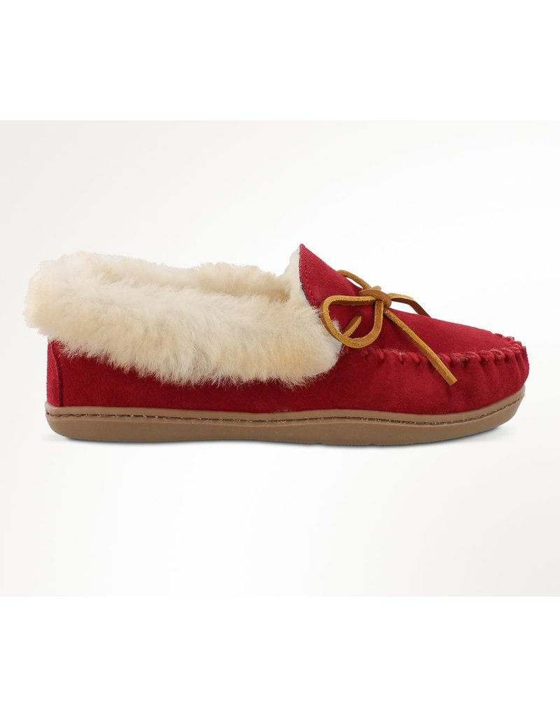 Minnetonka Alpine Red Sheepskin Moc