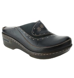Chino Black Leather Clog