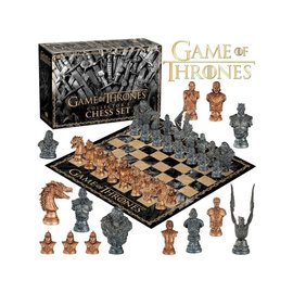 Usaopoly Board Game - Game of Thrones - Collector's Edition Chess Set