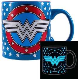 Silver Buffalo Tasse - DC Comics - Wonder Woman Brille dans le Noir 20oz