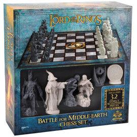 Noble Collection Jeu de société - The Lord of the Rings - Bataille pour la Terre du Milieu Jeu d'Échecs de Collection