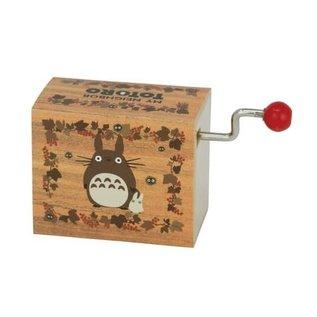 Sekiguchi Boite à musique - Studio Ghibli Mon Voisin Totoro - Scène d'Automne avec Chibi Totoro et Noiraudes Manuelle