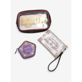 Bioworld Travel Kit - Harry Potter - Plateform 9 3/4 Ticket and Chocolate Frog Set of 3 Pouches