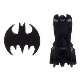 Bioworld Lapel Pin - DC Comics - Batman Logo and Batmobile