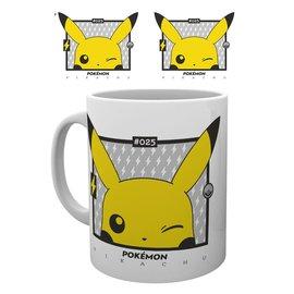 GB eye Tasse - Pokémon - Pikachu fait un Clin D'Oeil 11oz