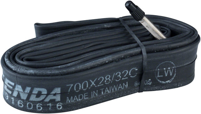 Q-Tubes Tube PV 700 x 28-32  48mm (large bulk)