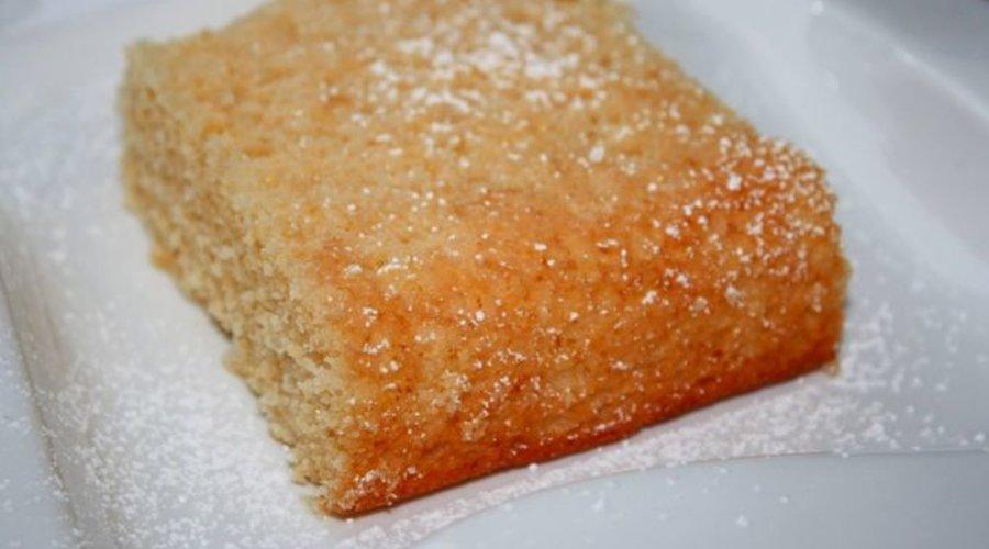 Lemon Agrumato Olive Oil & Polenta Cake