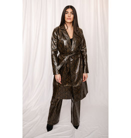 LEXI DREW 387A Snake Trench
