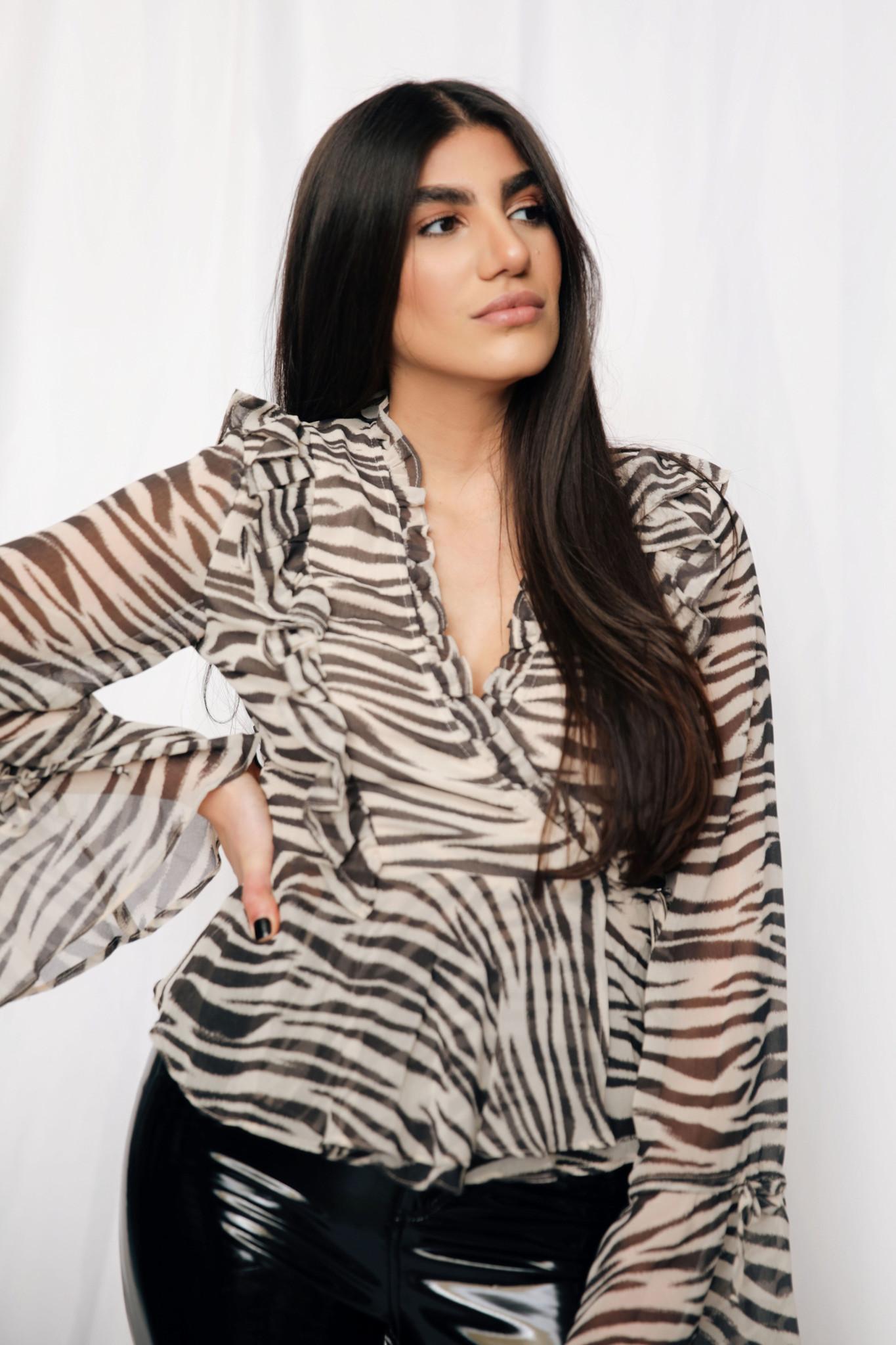 LEXI DREW 9837 Zebra Blouse