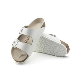 Birkenstock Arizona - Smooth Leather in White - Narrow Width