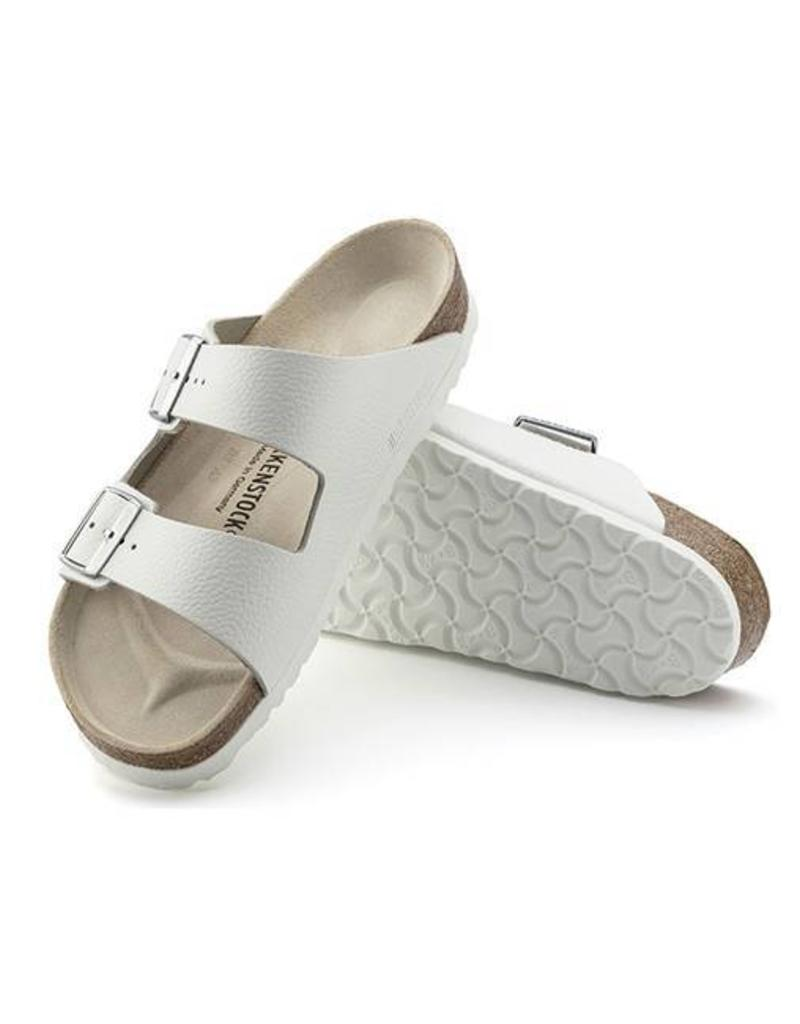 d864f5071 Birkenstock Birkenstock - Arizona - Smooth Leather in White (Classic  Footbed) ...