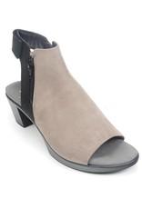 Naot Footwear Favorite Black Velvet Stone