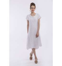Orientique Linen Dress in White