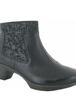 Naot Footwear Stunning Black Raven