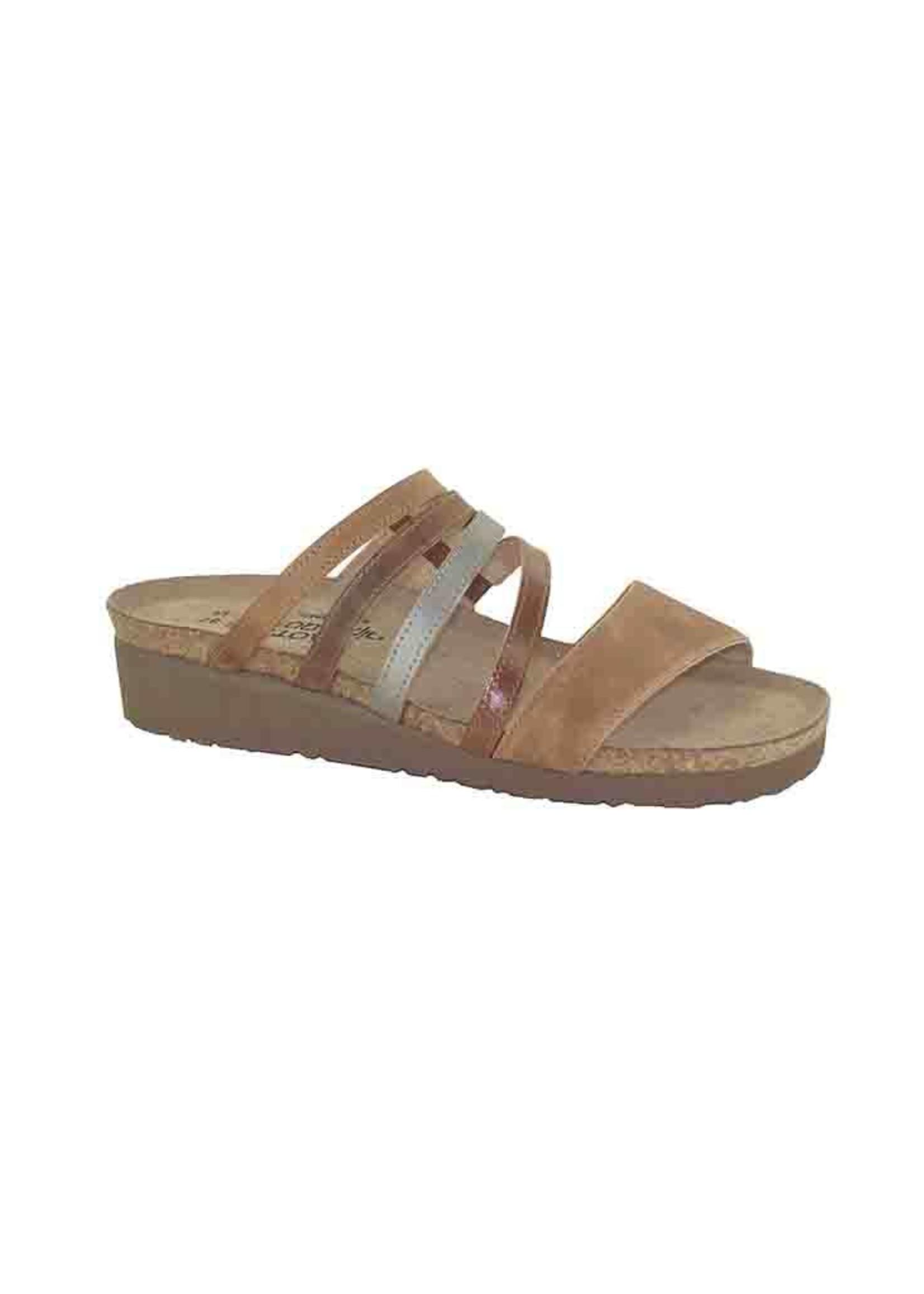 Naot Footwear Peyton in Latte Combo