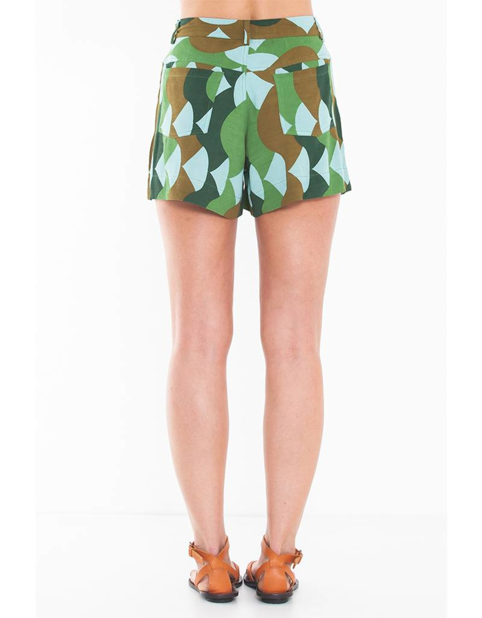 Totem Aved Shorts in Summer Green