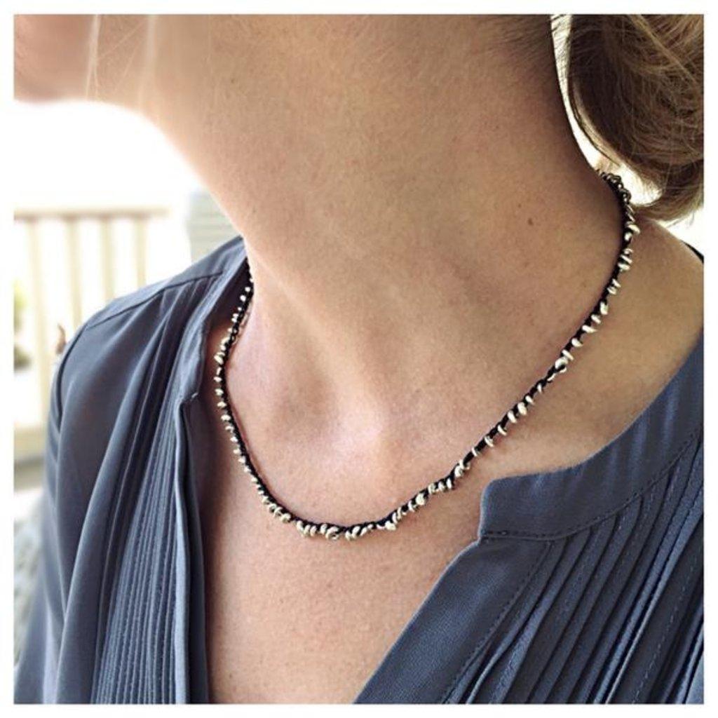 eenadee Droplet Necklace
