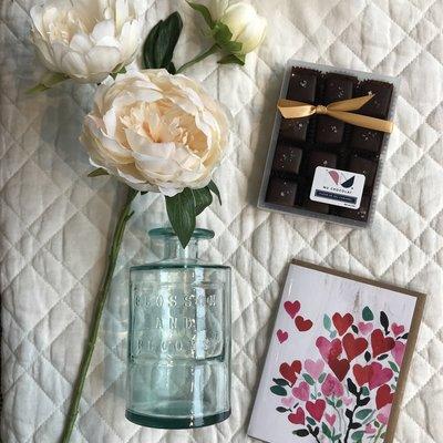 Slate Valentine's Day Classics Gift Box